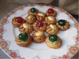 Grand classique de la pâtisserie française, cette recette à base de pâte d'amande crue entre dans la confection du fameux Alcazar .      ...