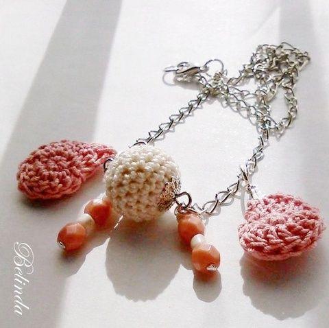 Csigabiga nyaklánc zsuzsukkal, Ékszer, óra, Nyaklánc, Meska Necklace, crochet charms  1250 Ft