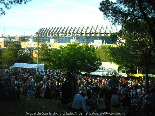 San Isidro Madrid 2007/ Estadio Vicente Calderón desde el parque de San Isidro #sanisidro  #fiestasmadrid #estadiovicentecalderón #fotodecalle #fotodeldia #ig_gallery #themadridbible #callejero #streetphotomadrid #streetphotographer #photooftheday #vidamadrid #Madrid #madridtme #instamadrid #igersmadrid #ok_madrid #madridgrafias #madridmemola #madridmemata #loves_madrid #ig_madrid #igers #españa #instaespaña #vista #instamemory #tbt #マドリード