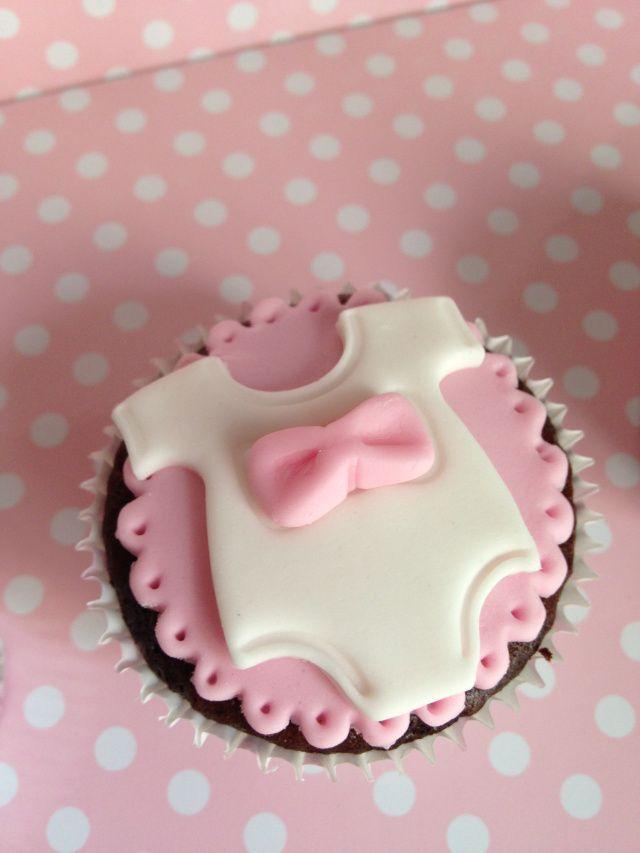 Cupcake para baby shower                                                                                                                                                      Más