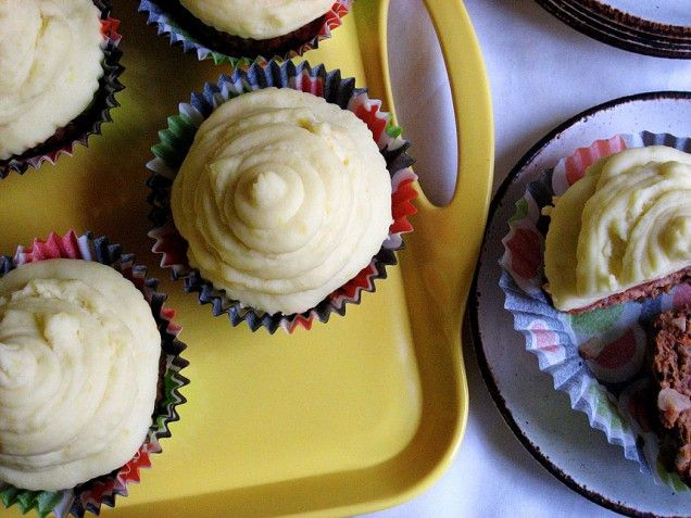 Meat Loaf Cupcakes with Cheesy Mashed Potato Frosting Tasty Pranks: April Fools Day Recipes