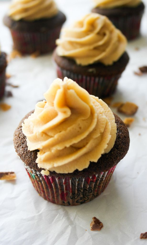 Peanut Butter Marshmallow Fluff Frosting – Baking Is A Science