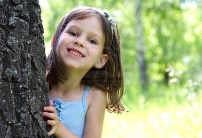 Portret van de jonge mooi blij meisje Stockfoto