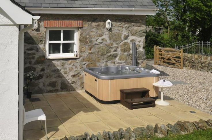 Farrier's Cottage | Red Wharf Bay | Anglesey | Hot Tub | dog friendly | Quality Cottages
