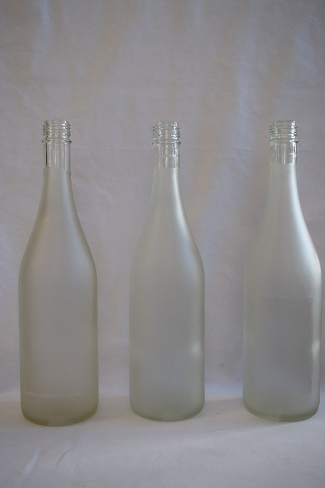 We've seen people reuse bottles, but this technique is too stunning