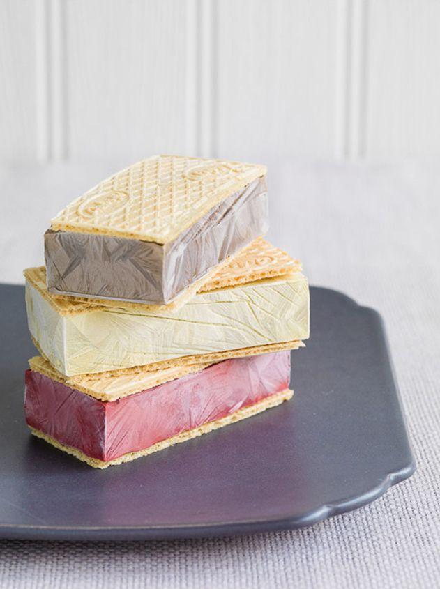 Paint ice cream sandwich.