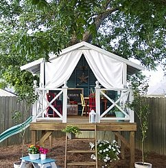 a tree house, a fort or secret hideout. A simple, easy DIY hideaway fo… :: HometalkIdeas, Plays House, Tree Houses, Playhouses, Trees House, Outdoor Play, Kids, Play Houses, Backyards