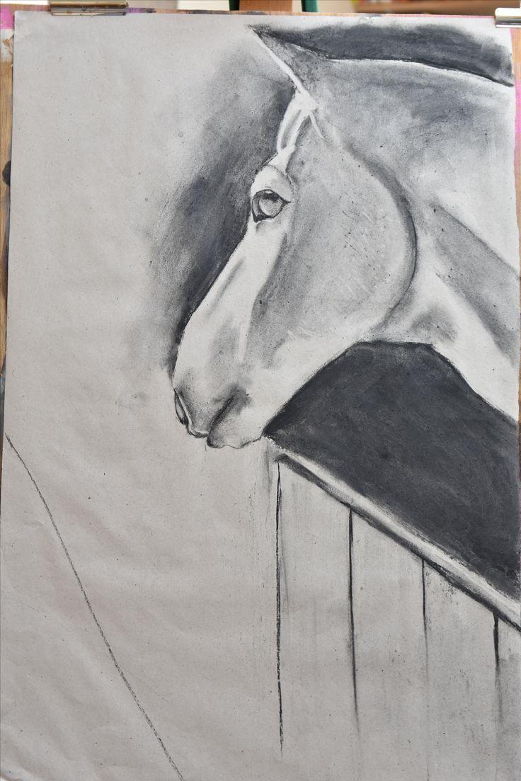 getekend in houtskool. Paardenkamp Soest
