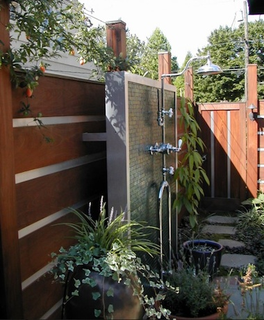9 Dreamy Outdoor Shower Ideas for Every Home (Not Just at the Beach!)Shower Ideas, Shower Design, Beach House, Outdoor Living, Contemporary Landscapes, Outdoor Showers, At The Beach, Gardens, Dreamy Outdoor