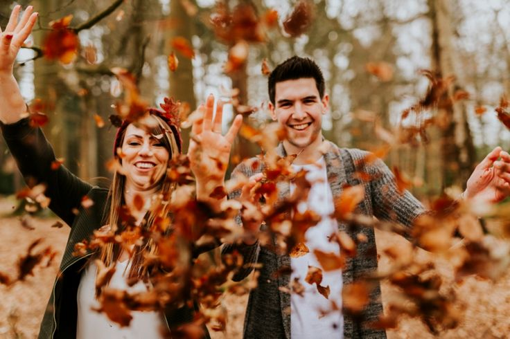 Leaf confetti! 100% natural! Photo by Benjamin Stuart Photography #weddingphotography #confetti #leaves #engagementshoot #couple