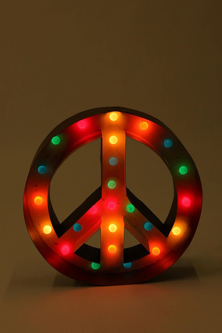 Peace marquee sign.Urban Outfitters, Trav'Lin Lights, Lights Urbanoutfitters, Peace Signs, Signs Lights, Marquee Lights, Signs Marque, Peace Lights, Marque Lights