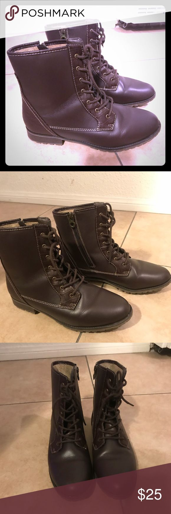 Sporto Boots! W 9.5 Leather and man made upper. Great condition Sporto Shoes Lace Up Boots