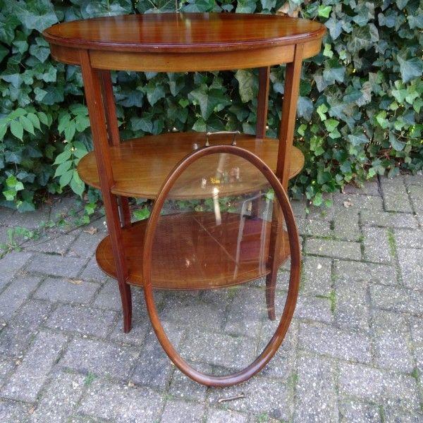 Ovale mahoniehouten theetafeltje met afneembaar glazen dienblad