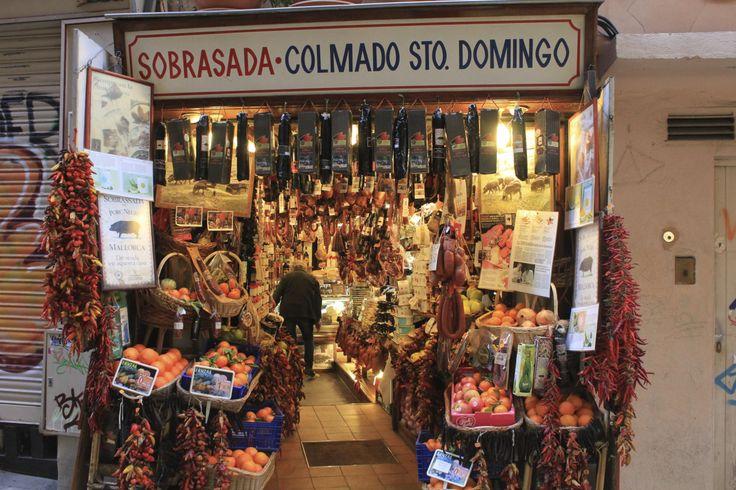 Eins der vielen Geschäfte, in denen es Sobrassada gibt