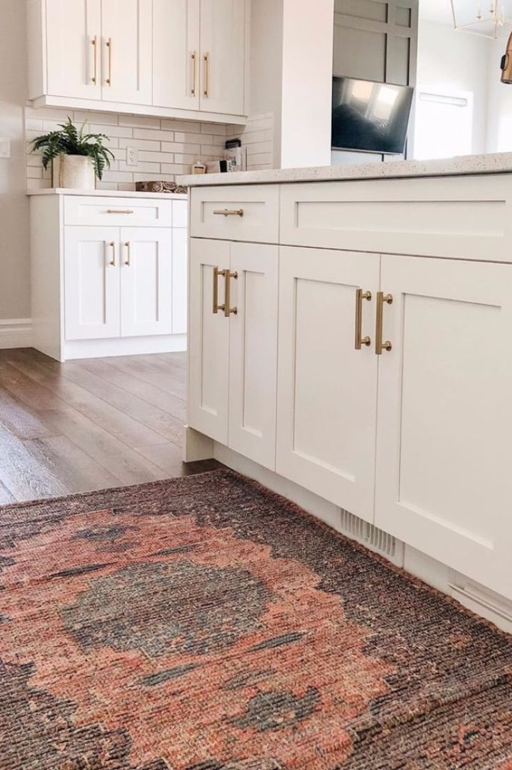 19 Rugs In Kitchen Ideas To Help Update Your Look Picking A Kitchen Rug Is A Great And Inexpensive Decor Kitchen Area Rugs Kitchen Area Rugs Ideas Kitchen Rug Kitchen area rugs ideas