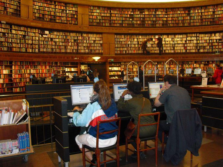 Biblioteca Pública de Estocolmo (visita en el 2009) http://es.wikiarquitectura.com/index.php/Biblioteca_P%C3%BAblica_de_Estocolmo