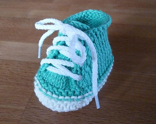 Ravelry: Baby Booties Stricklinge by Inge Lampen