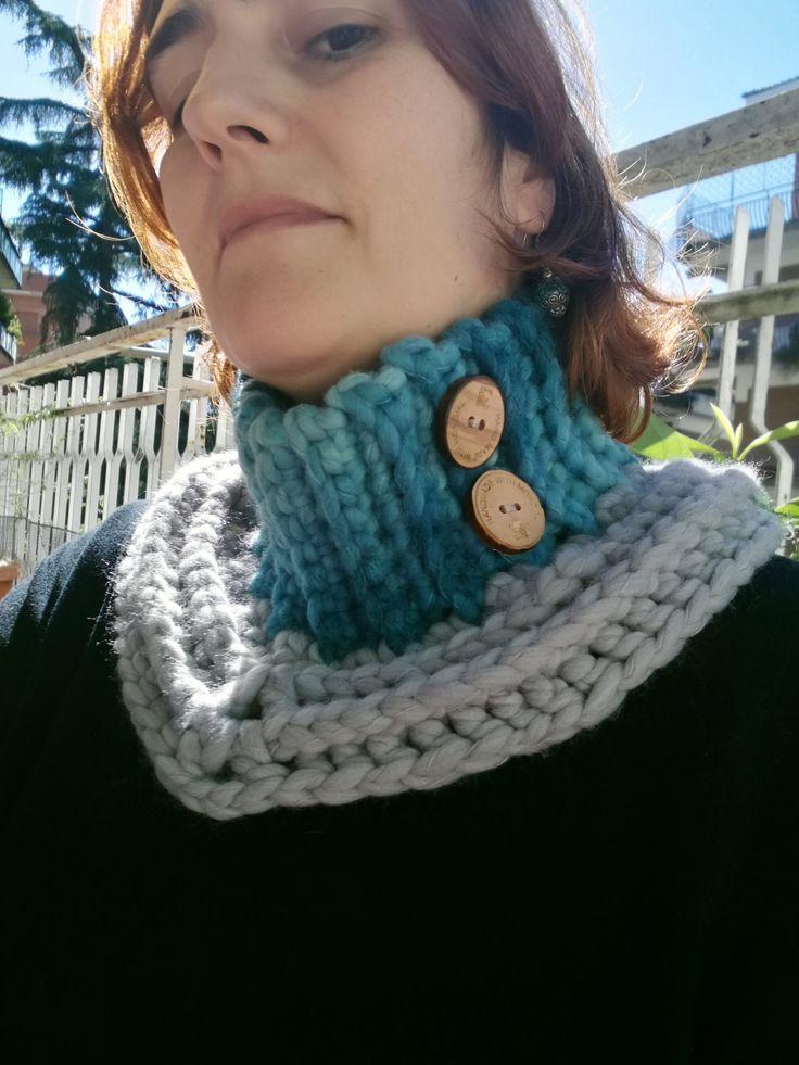 Scaldacollo uncinetto con bottoni - Crochet cowl di perfiloesegnostore su Etsy