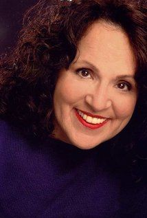 Carol Ann Susi - I think it's a shame the producers of The Big Bang Theory only let her voice Mrs Wolowitz instead of actually  giving her cameo appearances. It makes her passing all the sadder IMO :((