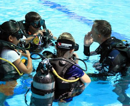 Dive Center Jakarta | Learn To Scuba Diving | Scuba Diving Indonesia | Kursus Belajar Diving Jakarta