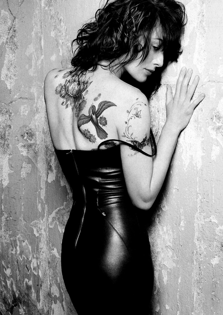 Lena Headey (Cersei Lannister - Game of Thrones) - I love her tattoos. So many of them are birds too, it's lovely