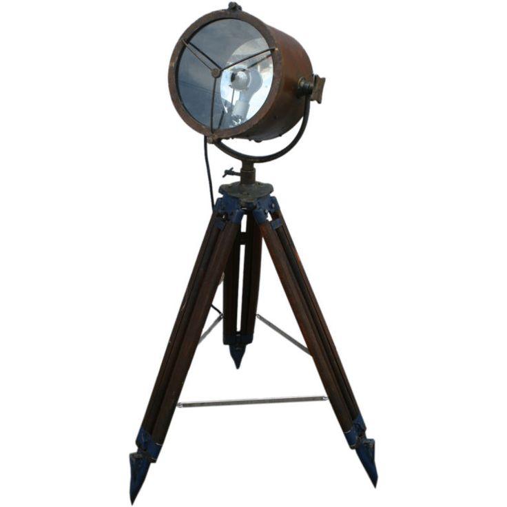 Tripod Reflector Studio Floor Lamp