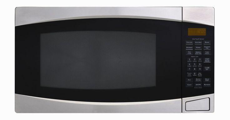 """Instrucciones del microondas Galanz . Aunque la mayoría de la gente probablemente está familiarizada con los principales fabricantes norteamericanos de los hornos de microondas como GE y Kenmore, algunos fabricantes menos conocidos venden sus microondas en los Estados Unidos. Uno de ellos es el fabricante chino de electrodomésticos Galanz, que de acuerdo con """"Microwave Wizard"""" es el ..."""