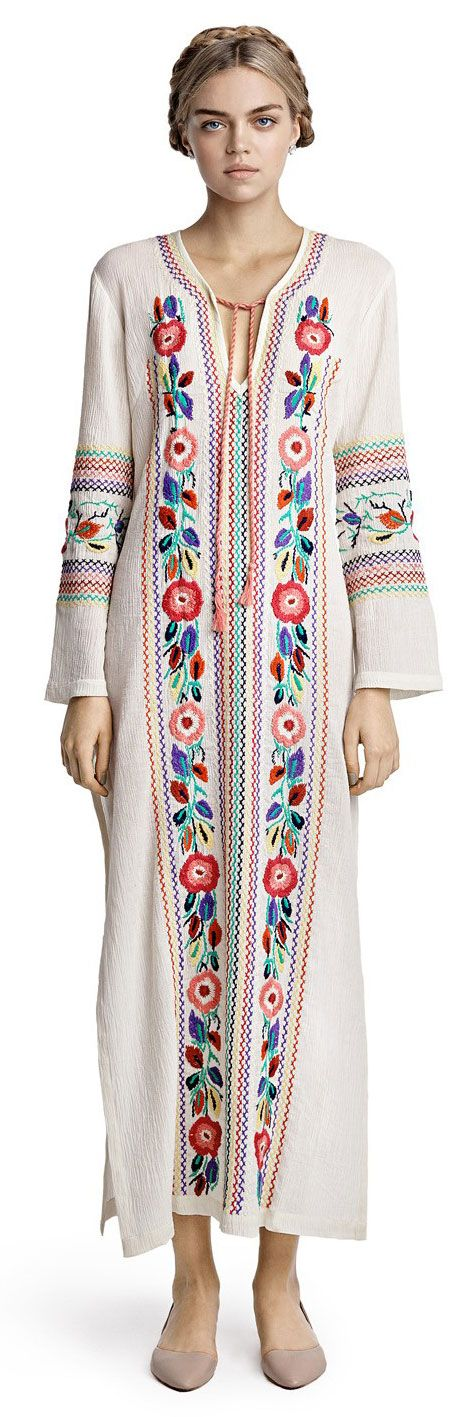 Candela Off White Cocoa Tunic, but lose the shoes (ugly colour and shape), wear flat thong sandals