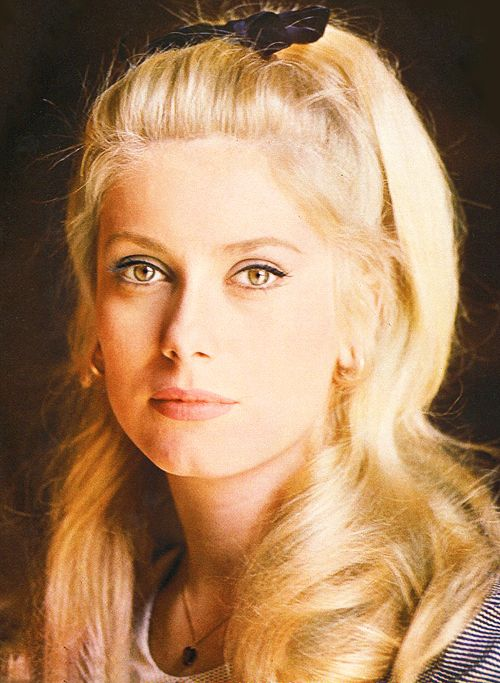 CATHERINE DENEUVE (1943) extraordinary actress with extraordinary eyes, representing a very special era in French cinema.