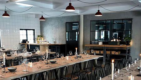 Unike lokaler sentralt i Oslo. Flerbrukslokale for alle typer selskap og event fra 10 til 700 gjester. Vi leverer også catering til deg der du måtte ønske.