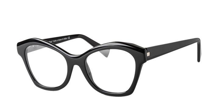 GLARE EYEWEAR mod. CATERINA col. 007 BLACK. Design eyewear completely handmade in Italy.