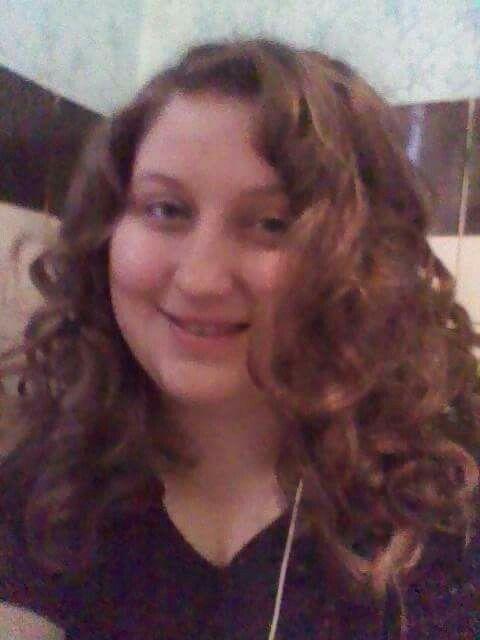 Hajcsavaróval készített kusza göndör frizura :) Haját hajam!