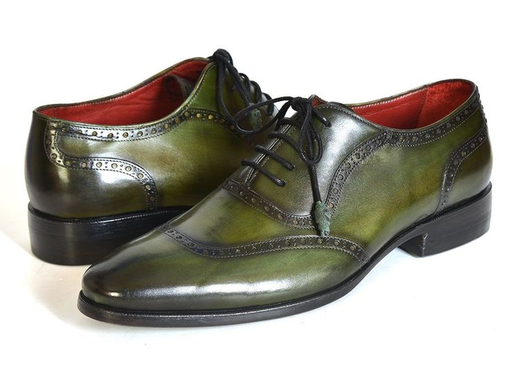- Green hand finished calfskin upper - Green & Black leather sole - Handcrafted men's oxford shoes - Leather wrapped laces. - Bordeaux inner sole & lining This is a made-to-order product. Please allow