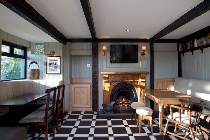 The Crooked Mile, Belfast - The Pub Design Company