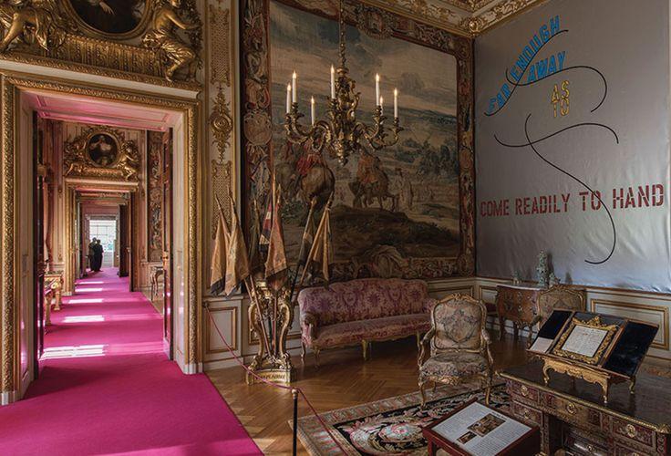 Hotbook | Lawrence Weiner en el Palacio de Blenheim | hotart #HOTart #HOTBOOK
