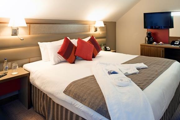 Business Class Bedroom, Radisson Blu Durham