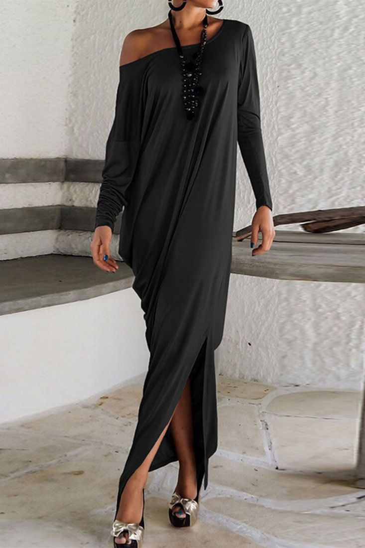 A maxi dress with special design shows your best! The dress is featuring simple color,long sleeve and floor length. It is absolutely the best choice for you.More surprise at OASAP! Free shipping worldwide!