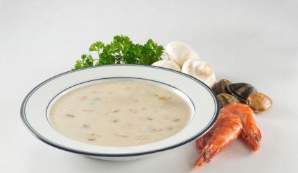 Lahodná polievka s plodmi mora