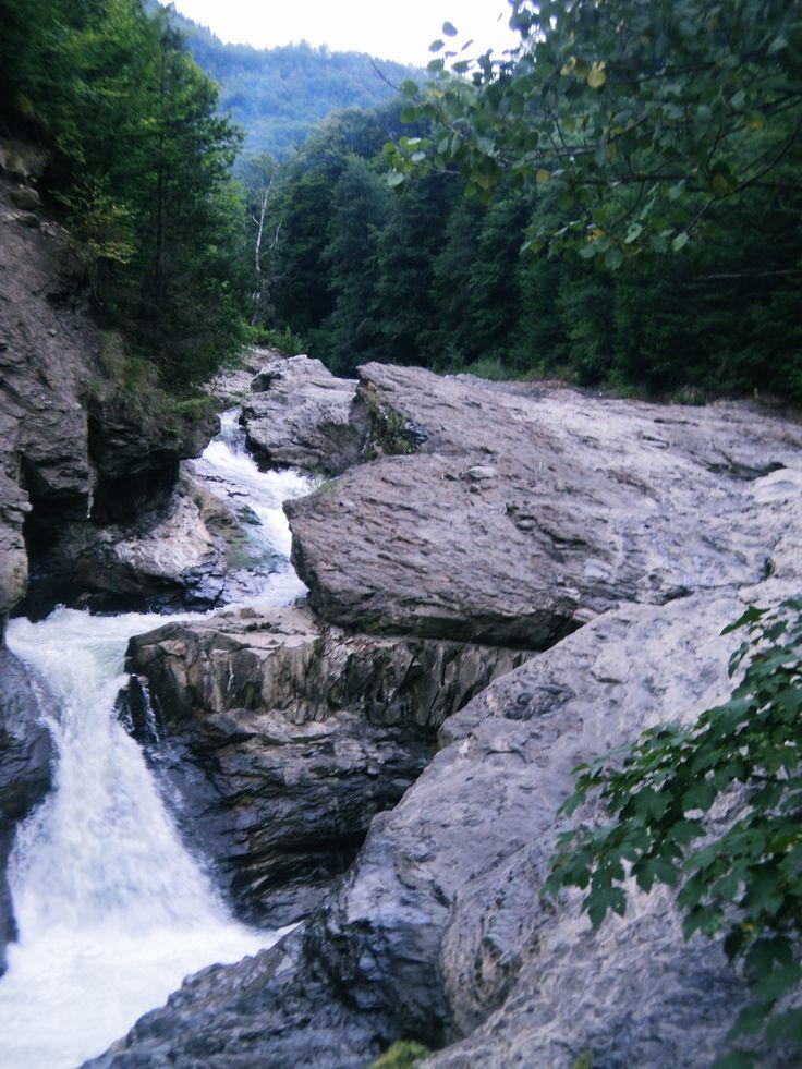 Romania, Vrancea, Cascada Putnei