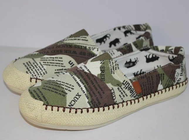 2012 New Toms Shoes for Men 005