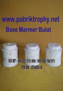 Base marmer bulat