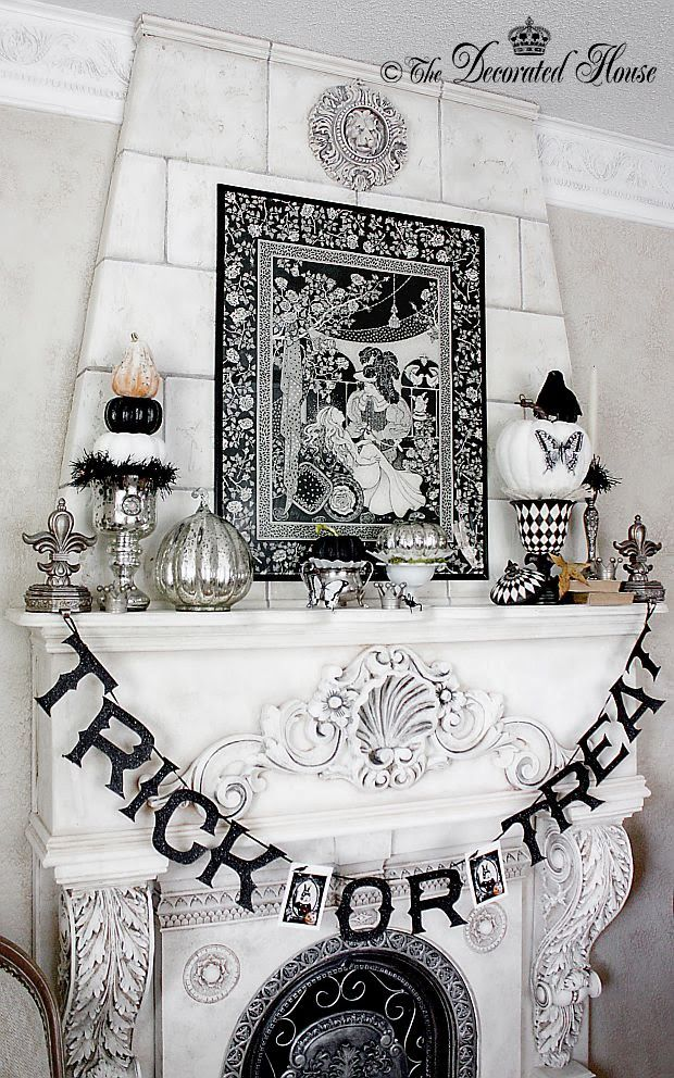 the decorated house halloween decor mantel 2013 - Black And White Halloween Decorations