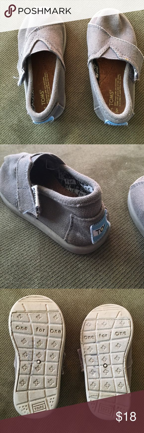 Gray Toms toddler size 5 Excellent condition, adorable gray Toms. TOMS Shoes Moccasins