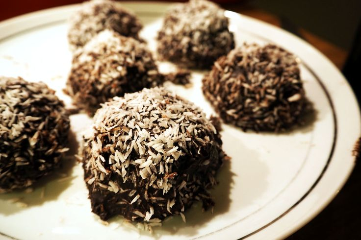 Swedish chocolate balls with a touch of whisky | Food Emperor