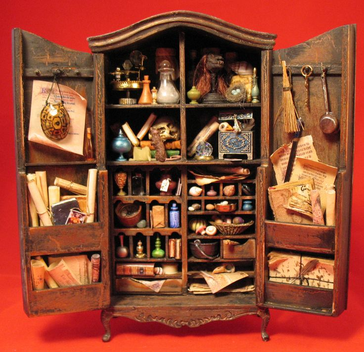 Wizard's Potion Cabinet.  1:12 scale. In a private collection.   By IGMA Fellow Patricia Paul