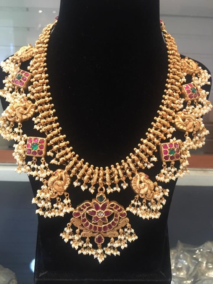 Pin By Lucky Bvn On Jewelry Fashion Jewelry Jewelry Design Gold Jewelry Necklace