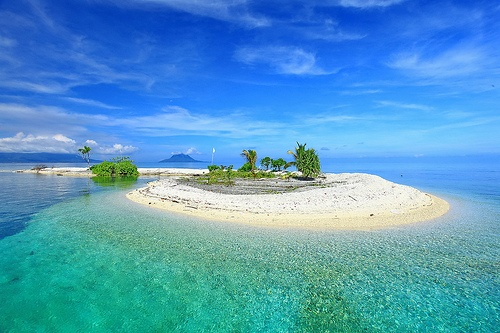 Fastifiri Island between Ternate & Lailolo
