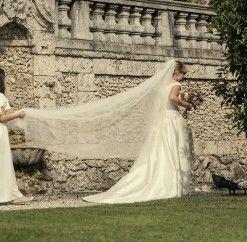 Matrimonio in Villa d'Epoca | GuastiniStyle www.guastinistyle.com #weddingplannervarese #damigella #velosposa #bridalveil #octoberwedding #villabozzolo #villadellaportabozzolo #weddingphotography #weddingplannercuveglio #weddingplanner #elegance #guastinistyle