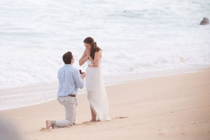 Cabo surprise engagement - Photo by Stephanie Olvera with Cabo Pictures