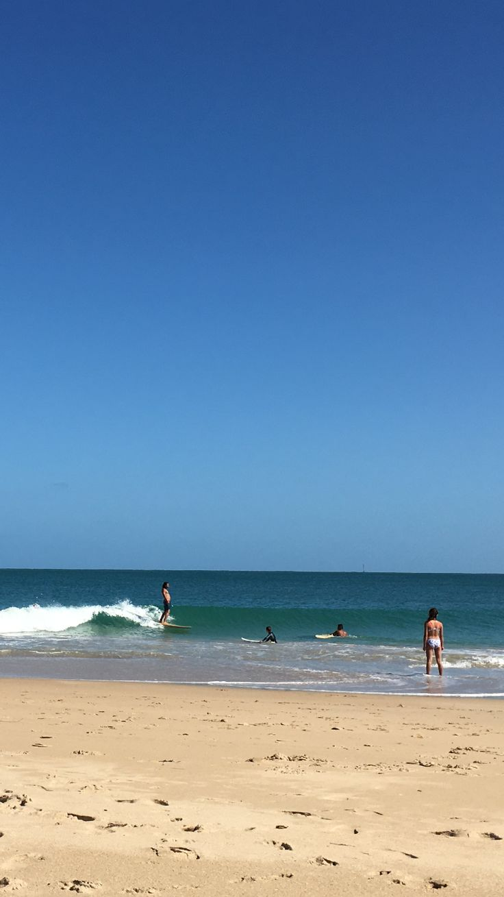 Small little wave on Christmas Day 2015